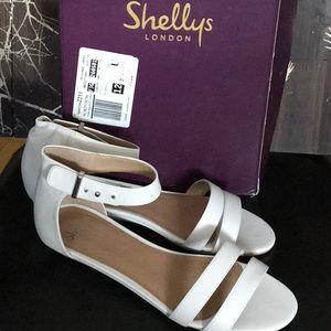 Shelly's London Olaedia flat